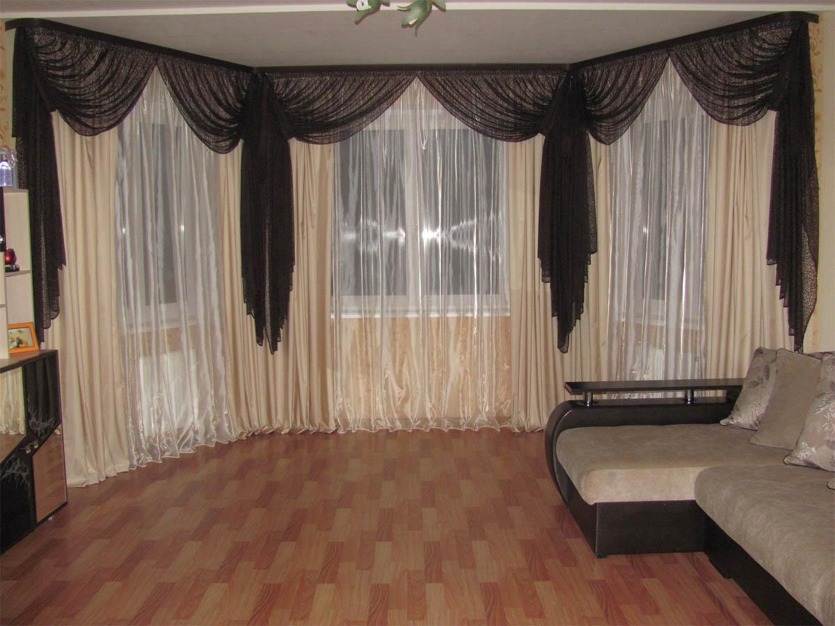 тонкие опоры шторы на эркерные окна в гостиной фото собственно, весь